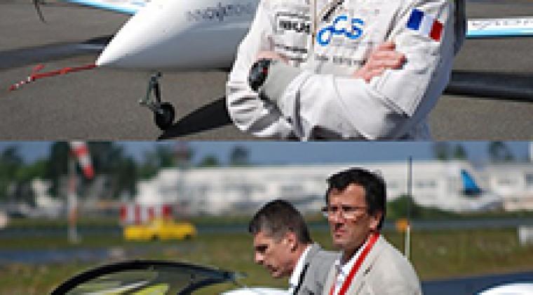 Francis Deborde et Didier Esteyne pour la mise au point de l'avion électrique