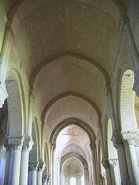 Lucien Martinot pour son site Internet consacré à l'église d'Aulnai de Saintonge : http://art-roman.com.net/aulnay.htm