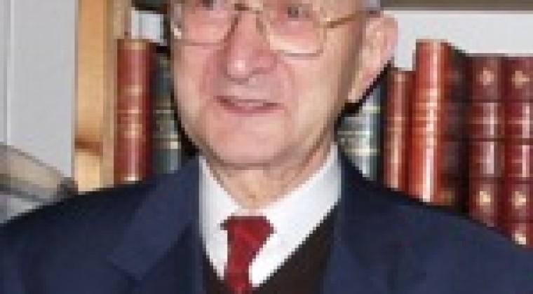 Robert Favreau pour le tome II de la collection Histoire de l'Aunis et de la Saintonge