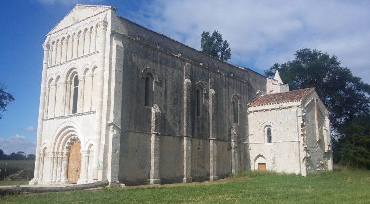 Les Amis de l'abbaye de Châtres, pour la restauration et l'animation de l'abbaye