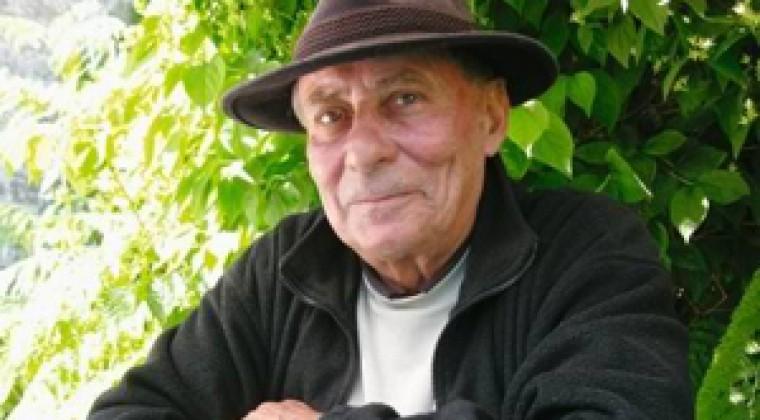 Claude Margat pour son dernier recueil Matin de silence (L'Escampette) et pour l'ensemble de son œuvre